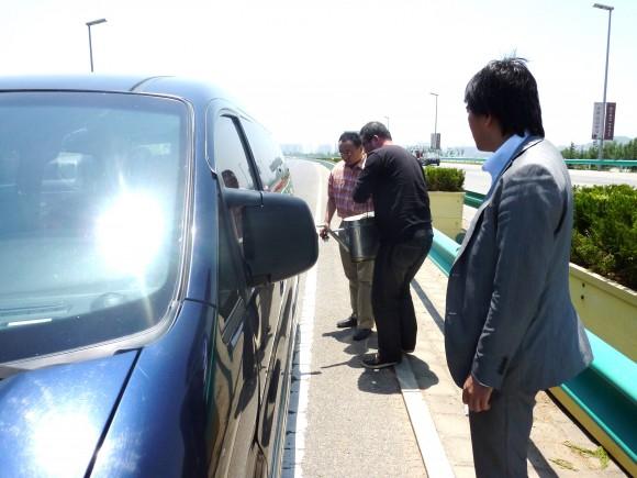 高速道路上でのハプニング給油