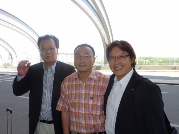 青島空港まで運転して頂いた、藩建寧氏の友人