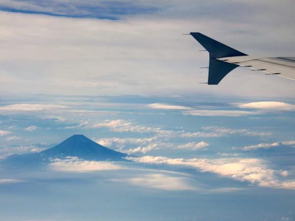 翼よあれが霊峰富士だ