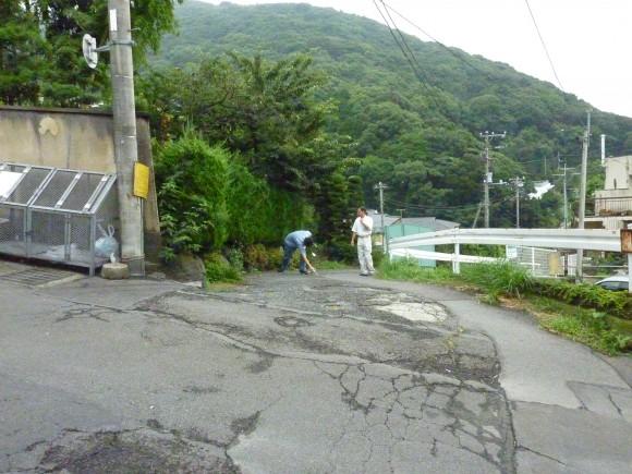 """市道引地堀坂""""線""""入口"""