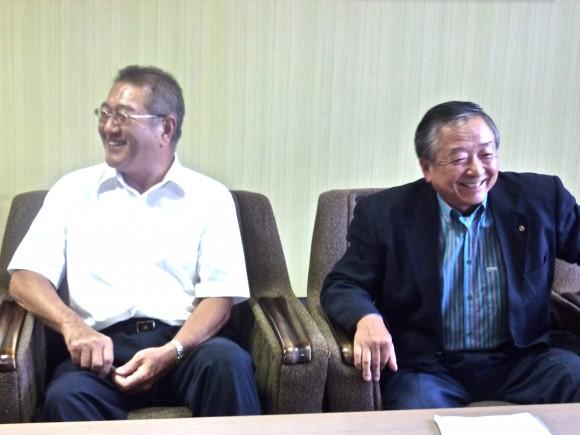 内田理事長と鵜沢会頭
