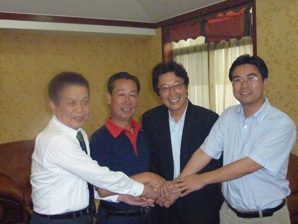 孫会長と黄敬文氏