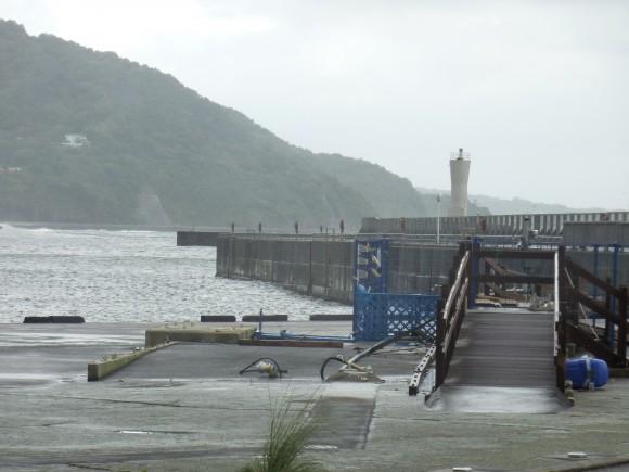 海釣り施設移動の跡
