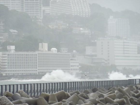 今朝10時30分頃の熱海港