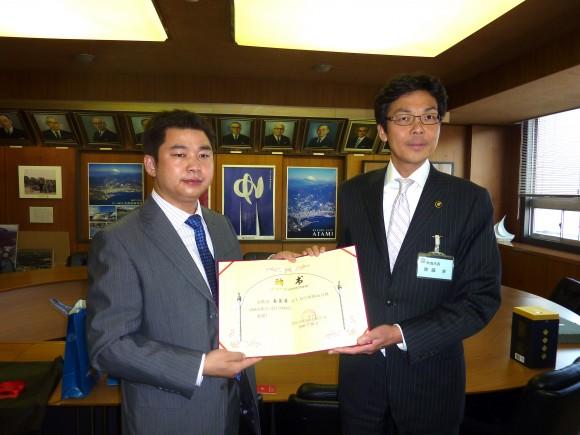 斉藤市長と趙岳氏