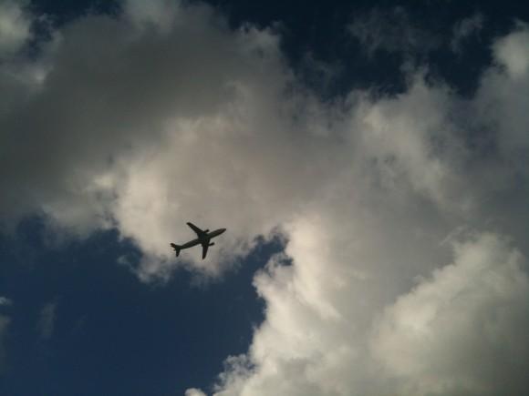 済州空港上空を撮る