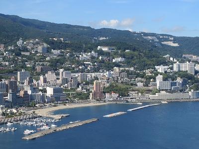 熱海城から 市内を俯瞰する