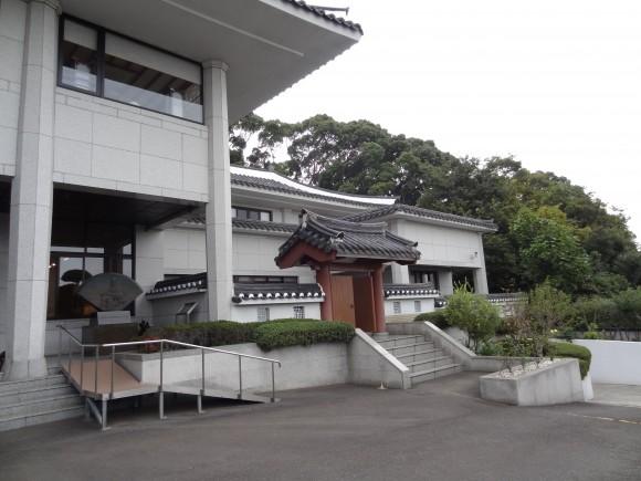 総領事館外観