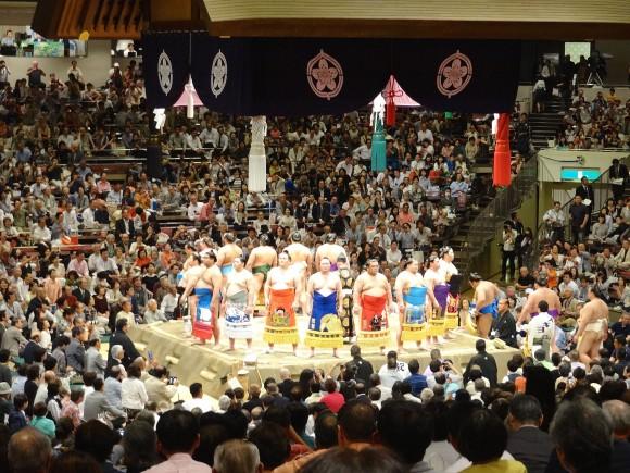 相撲観戦2