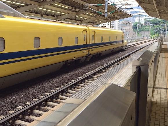 イエロー新幹線